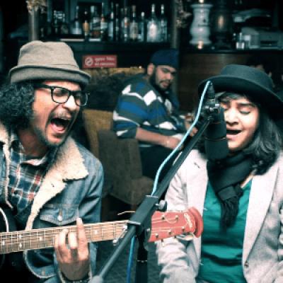 Smruti Jalpur Live Band at Lanterns  Powered by StarClinch