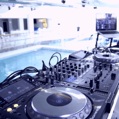 JaIpUr PoOl PaRtY CeLeBrAtIoN By HaLlUcInAtIoN