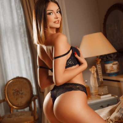 Hottest girl pictures