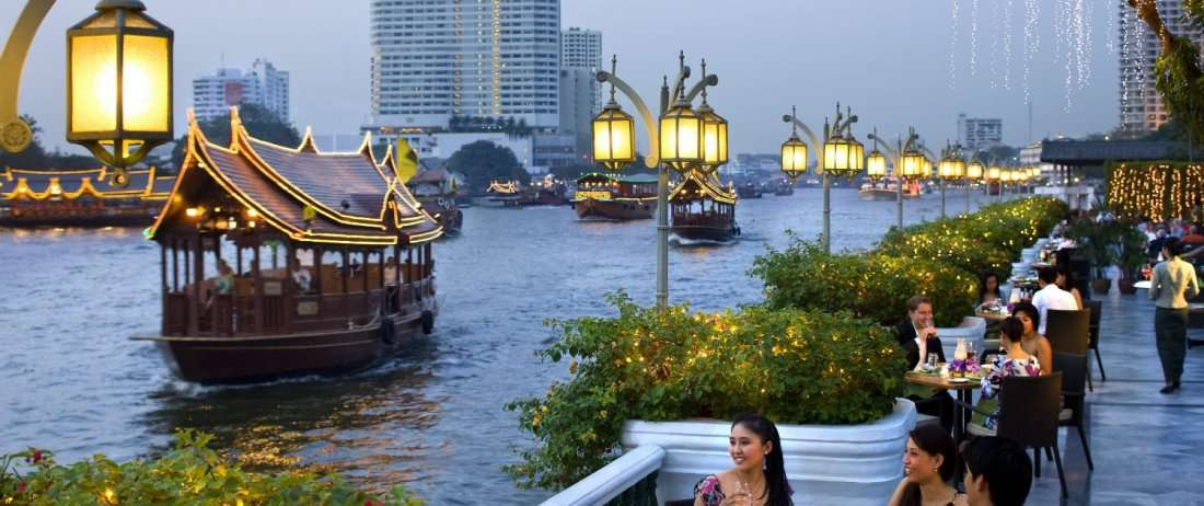 Thailand group trip for solo-travellers - Roaming Clan