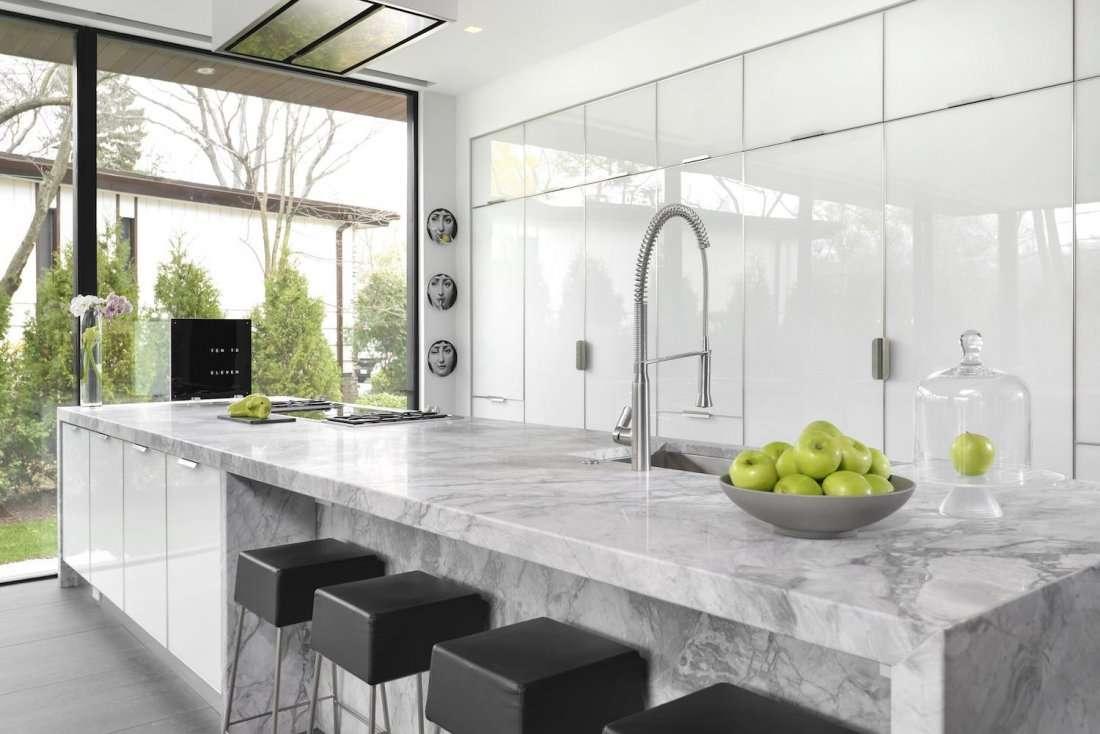 Pop Up Kitchen from Dresner Design and artist Tubs at River North ...