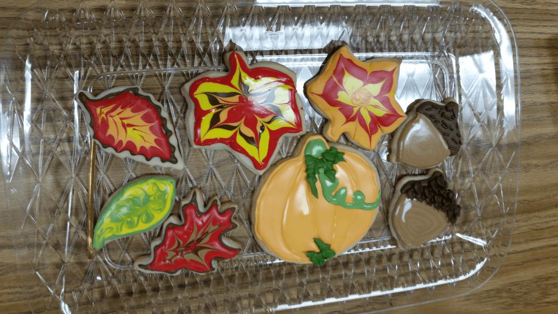 Autumn Cookie Decorating