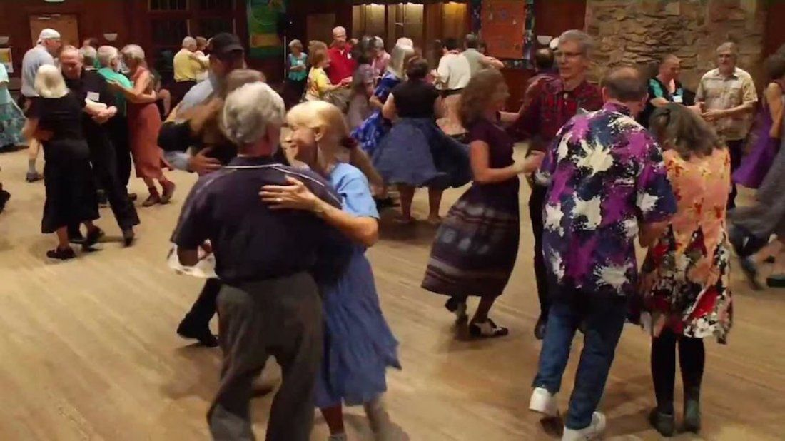 Fun Intro to Square Dance with the Coeurly Qs