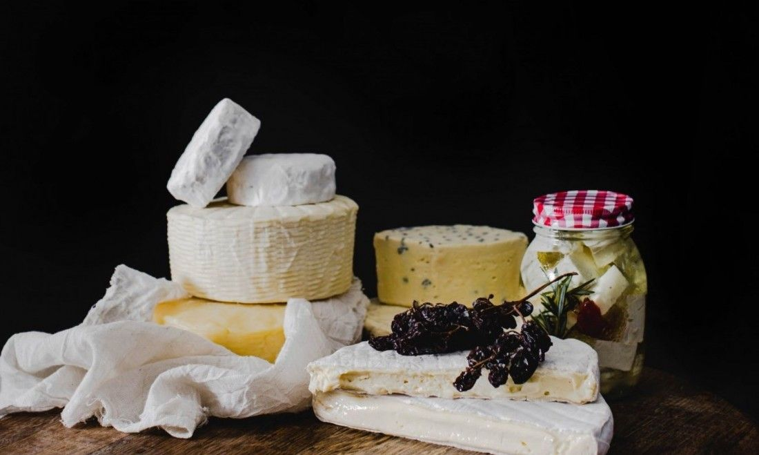 MOZZARELLA & HALLOUMI Cheese making workshop