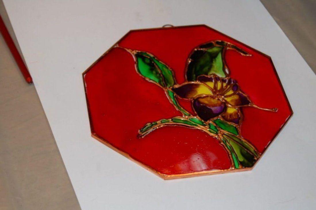 Atelier de pictur pe sticl (vitraliu)