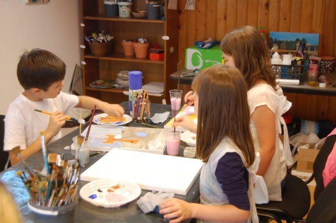 Curs de pictura in acril (copii)