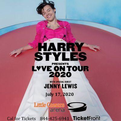 Harry Styles & Jenny Lewis at Little Caesars Arena Detroit MI
