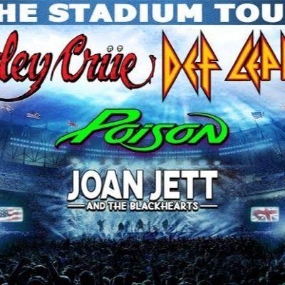 Motley Crue Def Leppard Poison & Joan Jett and The Blackhearts at Comerica Park Detroit MI