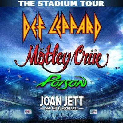 Motley Crue Def Leppard Poison & Joan Jett and The Blackhearts at Fenway Park Boston MA
