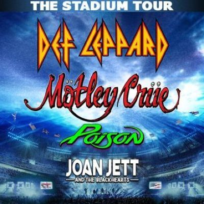 Motley Crue Def Leppard Poison & Joan Jett and The Blackhearts at Wrigley Field Chicago IL