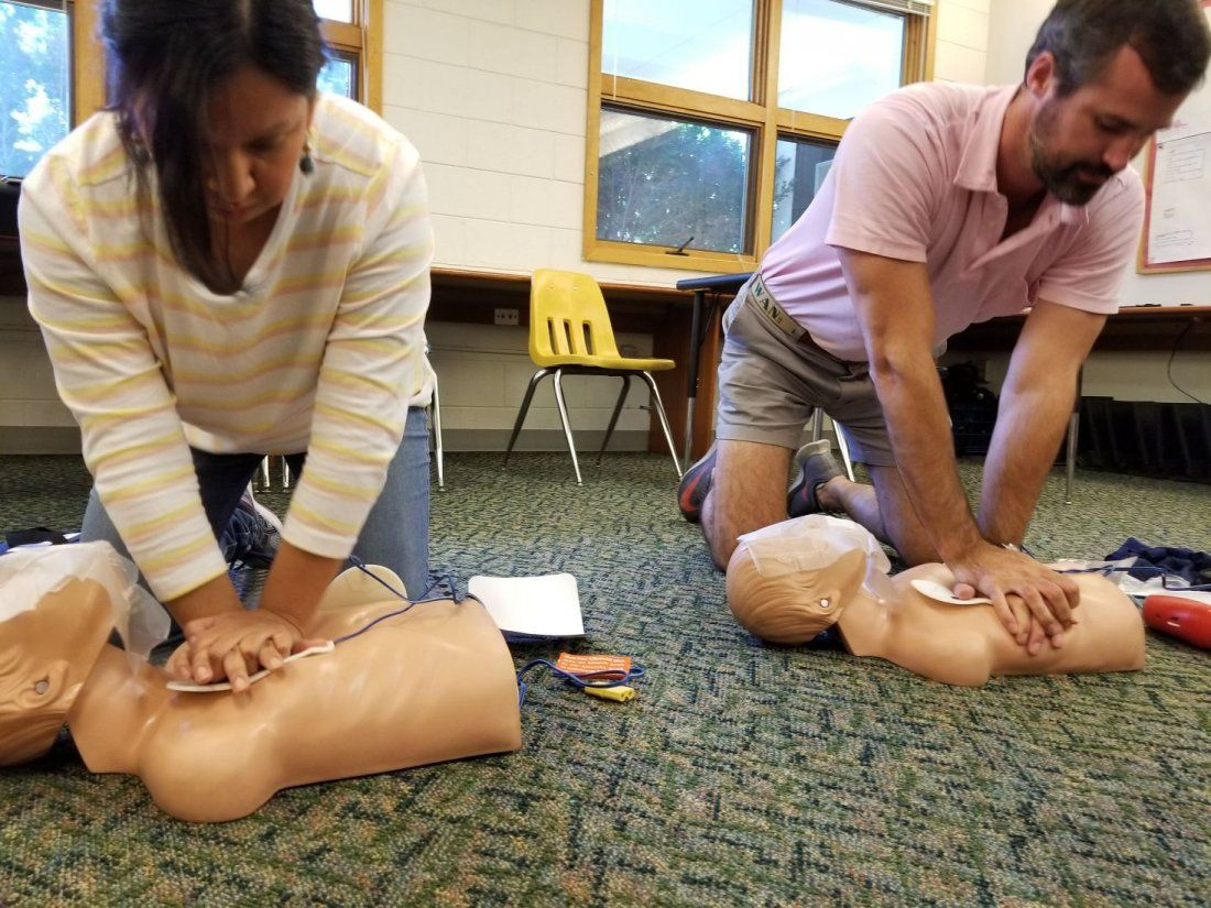 CPR & AED Basic First Aid Adult  Child  Infant