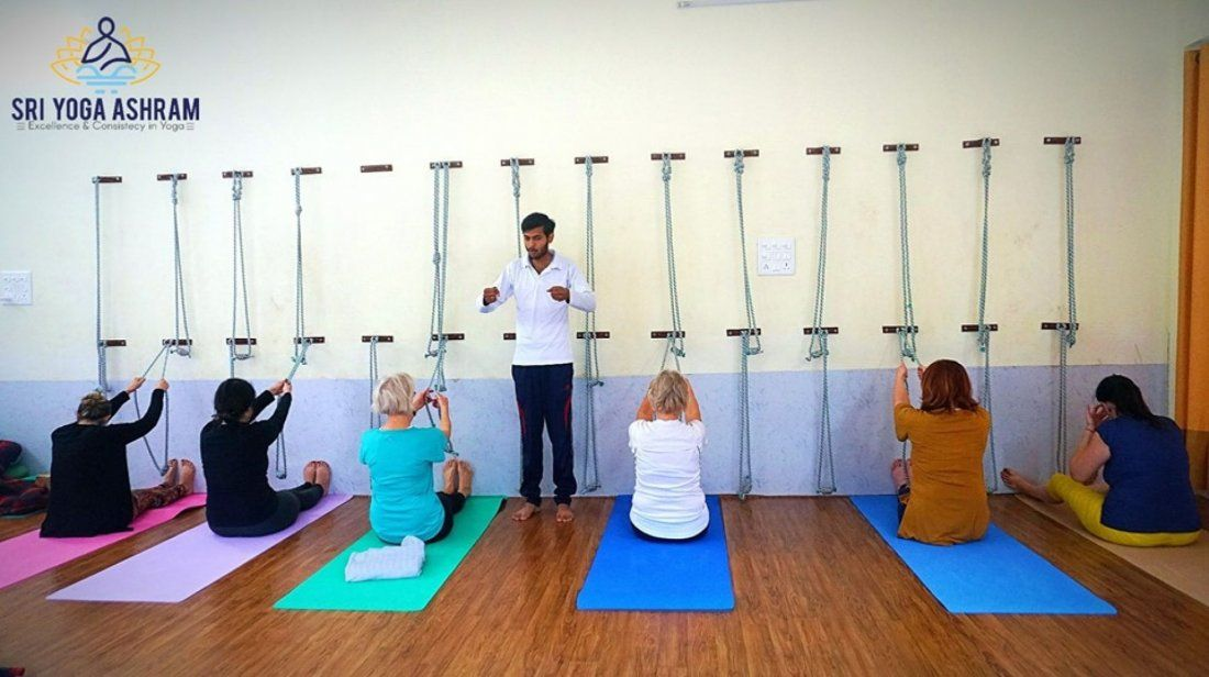 Ashtanga Yoga Teacher Training In India At Sri Yoga Ashram Rishikesh Rishikesh