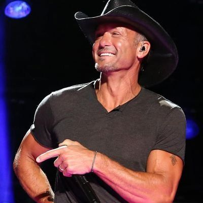 Tim McGraw at Mohegan Sun Arena at Casey Plaza Wilkes Barre PA
