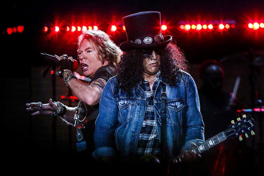 Guns N Roses at Globe Life Field Arlington TX