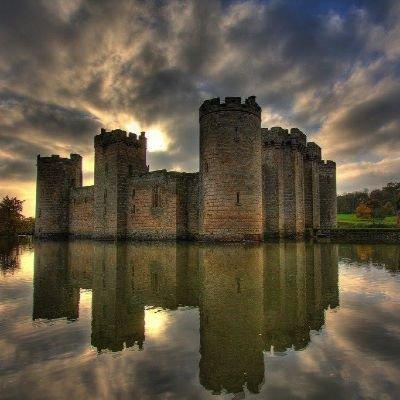 Bodiam Castle and Hurst Green walk - Saturday