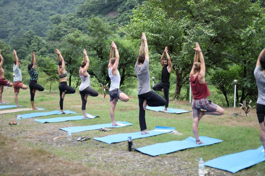 200 Hour Hatha Yoga Teacher Training In Rishikesh At Rishikesh Yog Sansthan 200 Hour Yoga Ttc In Rishikesh India Rishikesh