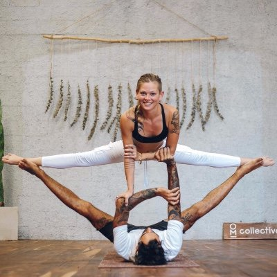 Acrotravels Acroyoga at OM Collective